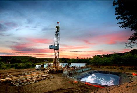 高成本成页岩气商业化难翻越大山